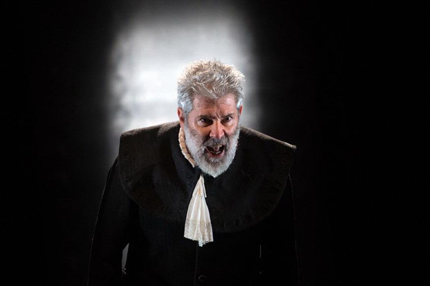 Alessandro Benvenuti nel ruolo di ARPAGONE